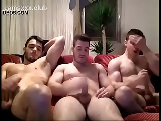 Str8 Friends Have Fun On Cam - camsxxx.club