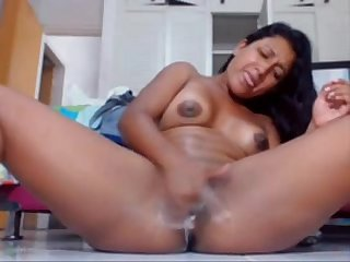 Latina girl creamy orgasm and hot squirt at hot8cams com