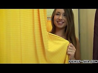 Teen girl Taylor Sands screwed in fitting room for money