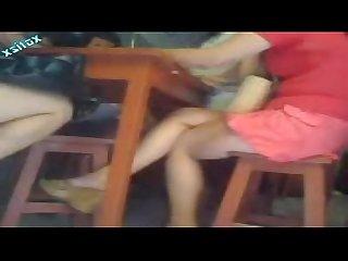 Rico culo y piernas de adolecente pituca