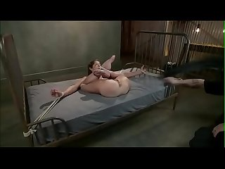 Slut screaming and squirting tied on the bed punishland com