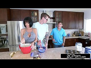 Lonely MILF Veronica Avluv Wants Banana and Gets Some From Behind