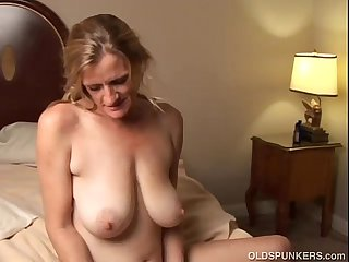 Slutty mature trailer trash loves to fuck