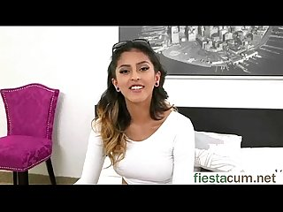 Teen Slut Girl (Sophia Leone) Come Ready For Sex Action On Cam mov-28