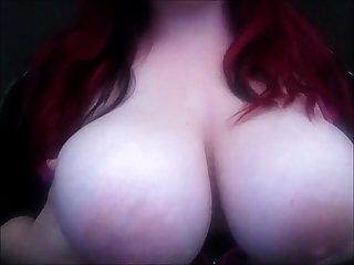 Big natural breasts bouncing