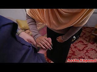 Amateur muslim nailed in shaved pussy