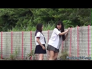 Japanese teenage skanks pissing