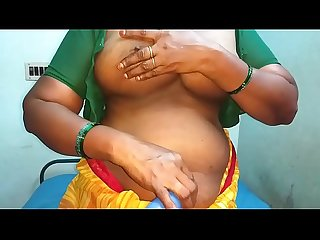 desi aunty showing her boobs and moaning