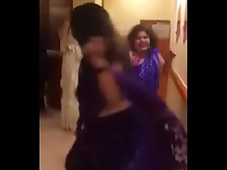 Indian bhabi fucked in hostel