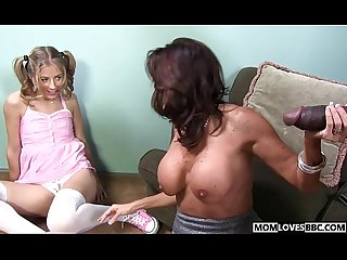 Mom Tara Holiday shares a BBC with Chastity Lynn