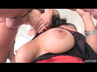 Jessica Bangkok sucks 6 cock