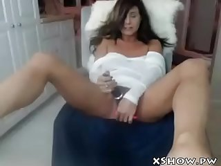 Wet mature mom cumming