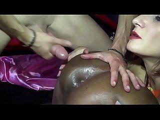 Malika black gros seins se fait enculer