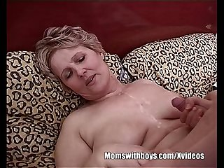 Fat mommy fucking her son 039 S bestfriend