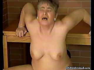 Chubby mature housewife riding big dick