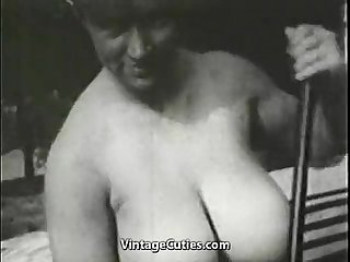 Busty mom sunbathing and cleaning
