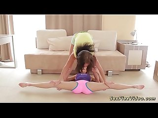 flexi girlfriends stretching each other