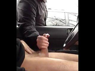 Homen deixando outro cara punhetar seu pau em publico man letting a random guy jerk his dick in publ