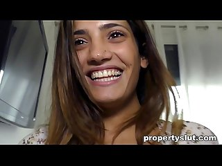Propertyslut unhappy client gets fucked by agent