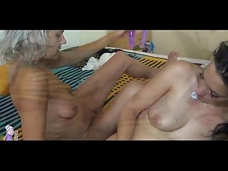 Sexy mature fuck brunette girl