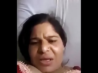 Mature desi wife pussy fingering and squirting by self