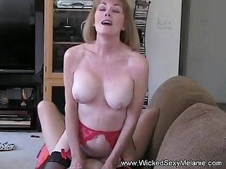 I gave mom a creampie