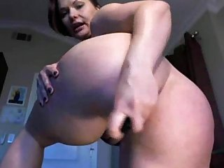 A german pawg s solo webcam show www period 24camgirl period com