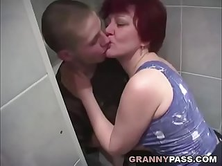 Granny Sex In The Bathroom
