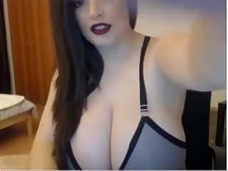 Big curvy bbw brunette cam show live on www freeslutscam com