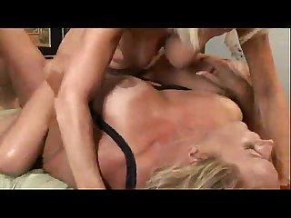 Milf and mature lesbians 5 lesbian sex video tube8 com