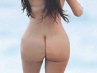 Khloe kourtney kardashian kendall jenner naked http ow ly sqhsn