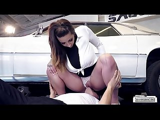 BUMS BUERO - German Wild Vicky strips in the garage and gets fucked
