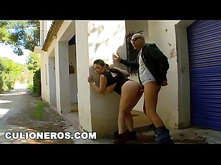 Culioneros Asian Babe from london tigerr benson loves fucking outdoors