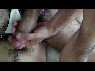 Fudendo e enchendo de leite o rabo do macho peludo e pauzudo 23cm part 1