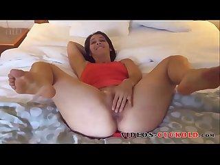 Femme offerte par son mari ! Videos-cuckold.com