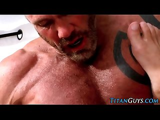 Buff mature hunk blows