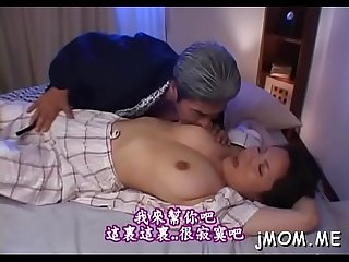 Splendid older babe gets down and gives a sizzling blowjob