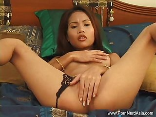 Some help with asian masturbation