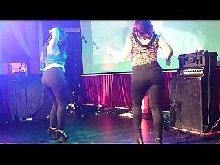 Gordibuenas mexicanas bailando upskirt