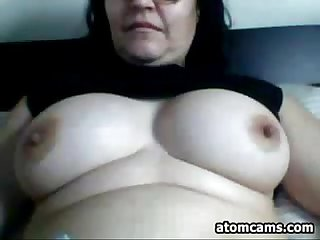 Fat webcam slut teasing