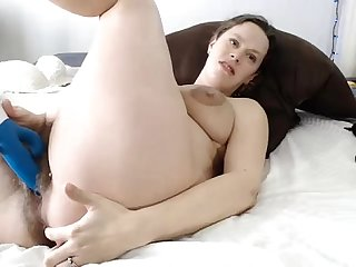 Hairy Pregnant woman masturbating on Live69Girls.Com