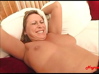 Dirty milf loves eating ass