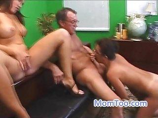 Old man pussy licks pretty big tits babe and teacher