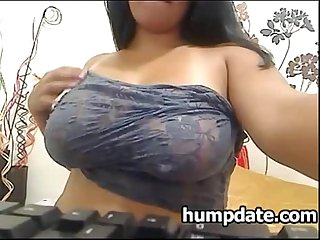 Sexy chubby babe with big tits masturbates