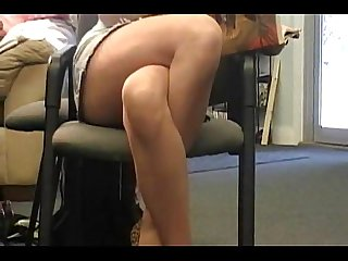 Crossing legs masturbation