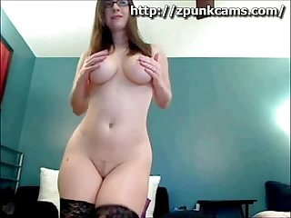Big Tit Girl Naked on Cam - sexcams911.com