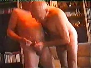 Older Men's big dick & deep throat ( Gay )