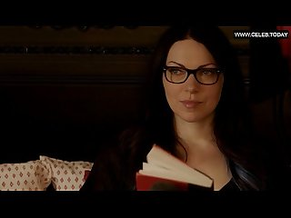 Taylor schilling laura prepon lesbian topless showering orange is the new black s01e01 2013