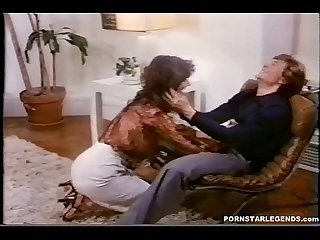 Busty Veronica Hart gets doggystyle anal