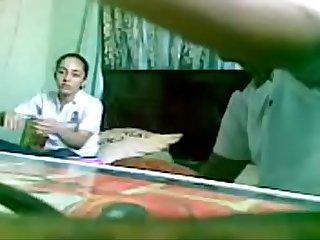 Graba a su amiga mientras se la coge video completo en https shon xyz dh0vi
